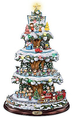 A PEANUTS Christmas Tabletop Tree